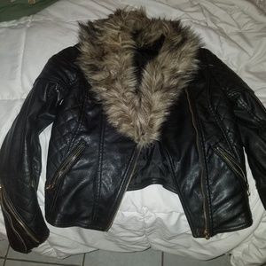 Black leather jacket with faux fur zip by H & M 6